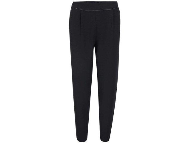Černé volnější kalhoty ICHI Carlina