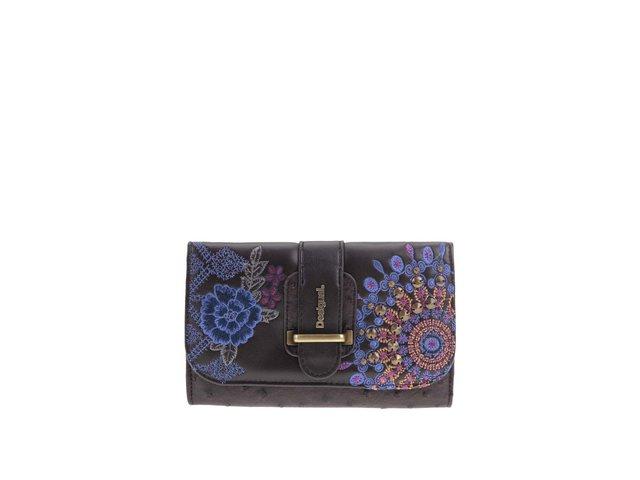 Hnědá peněženka s modrou ornamentální výšivkou Desigual
