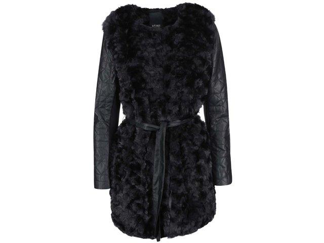 Černý kabát z umělé kožešiny a koženkovými rukávy ICHI Semo New
