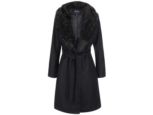 Černý dámský delší kabát s kožíškem Brave Soul Ada