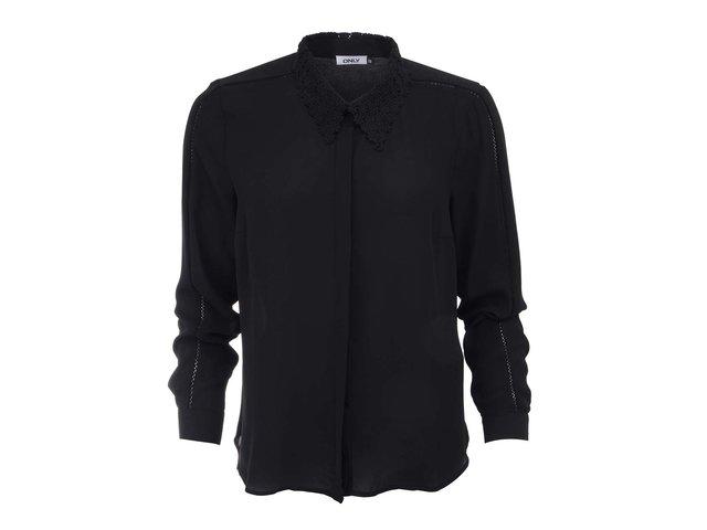 Černá košile s krajkovaným límečkem ONLY Deta