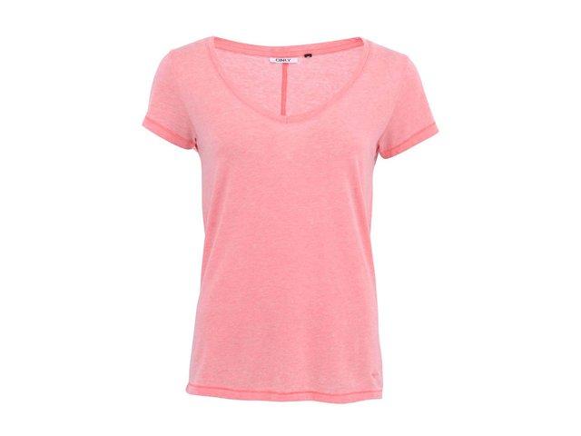 Růžové tričko s výstřihem do
