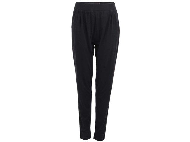 Černé volnější teplákové kalhoty Desires Dash