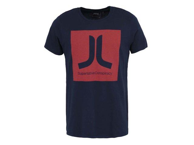 Tmavě modré triko s červeným potiskem WeSC Boxicon