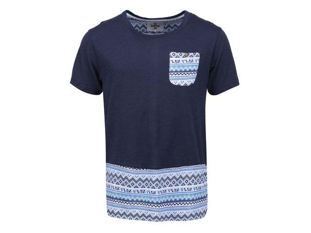 Tmavě modré pánské triko se vzorem a kapsou Bellfield Skyler