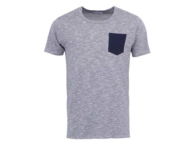 Světle šedé triko s kapsou Selected Indiana