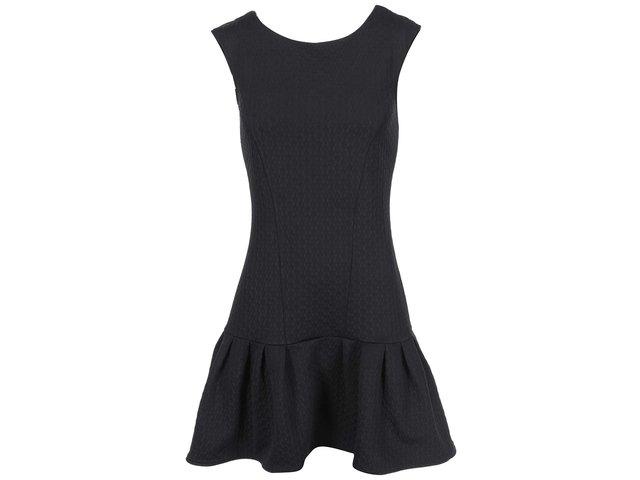 Černé šaty s nízkým pasem Closet