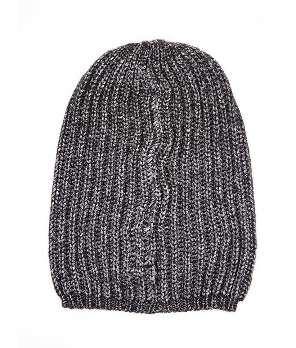 Černá lesklá čepice Vero Moda Brita