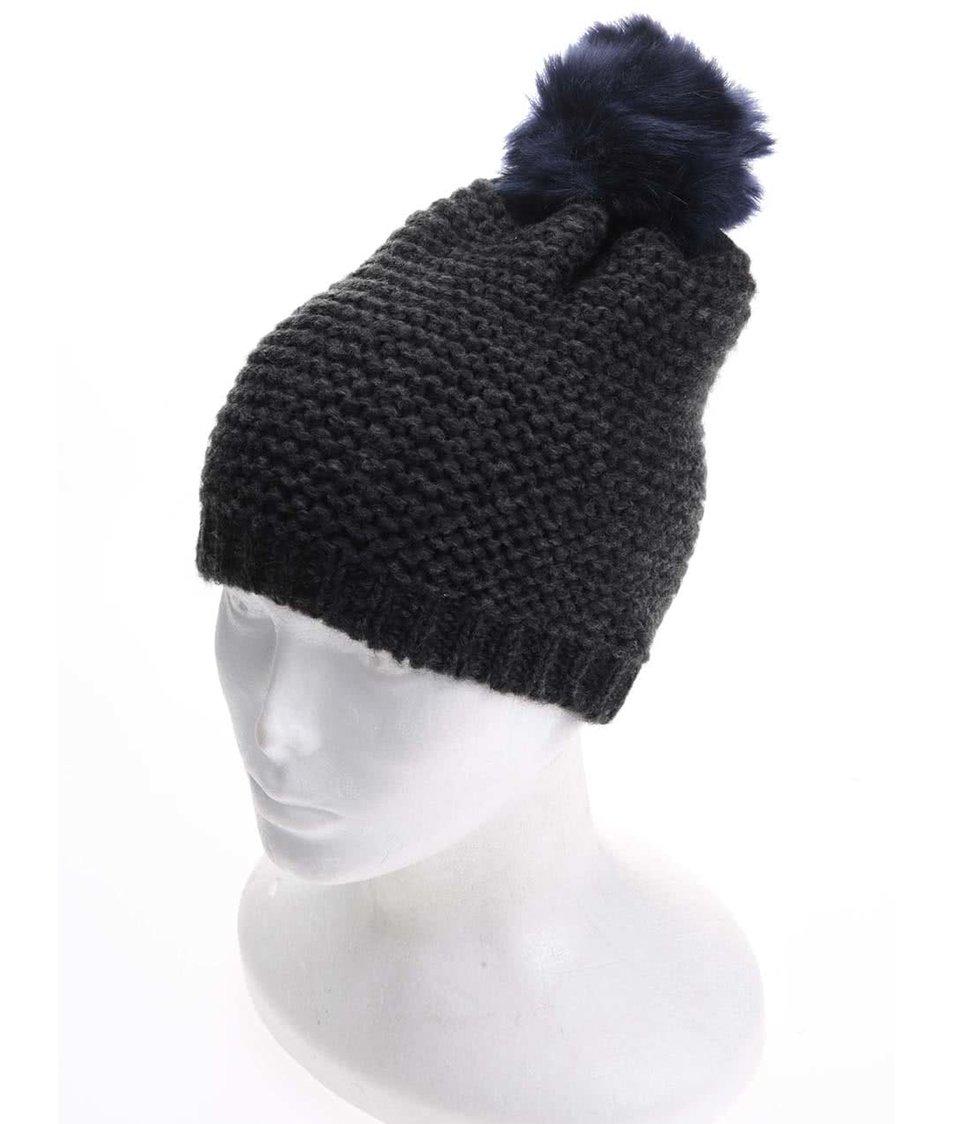 Černá čepice s modrou bambulí Vero Moda Hyben