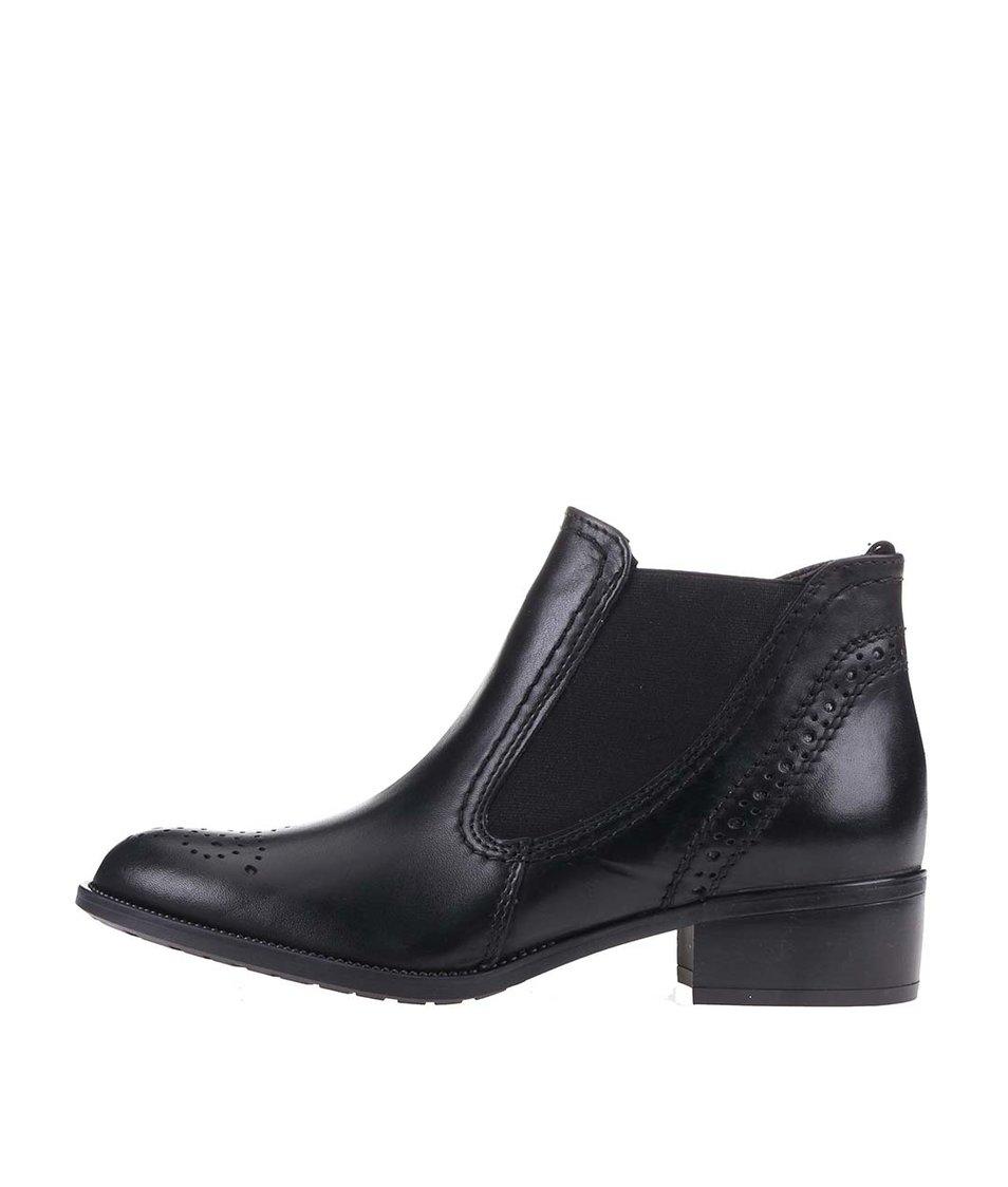 Černé dámské kožené kotníkové boty Tamaris