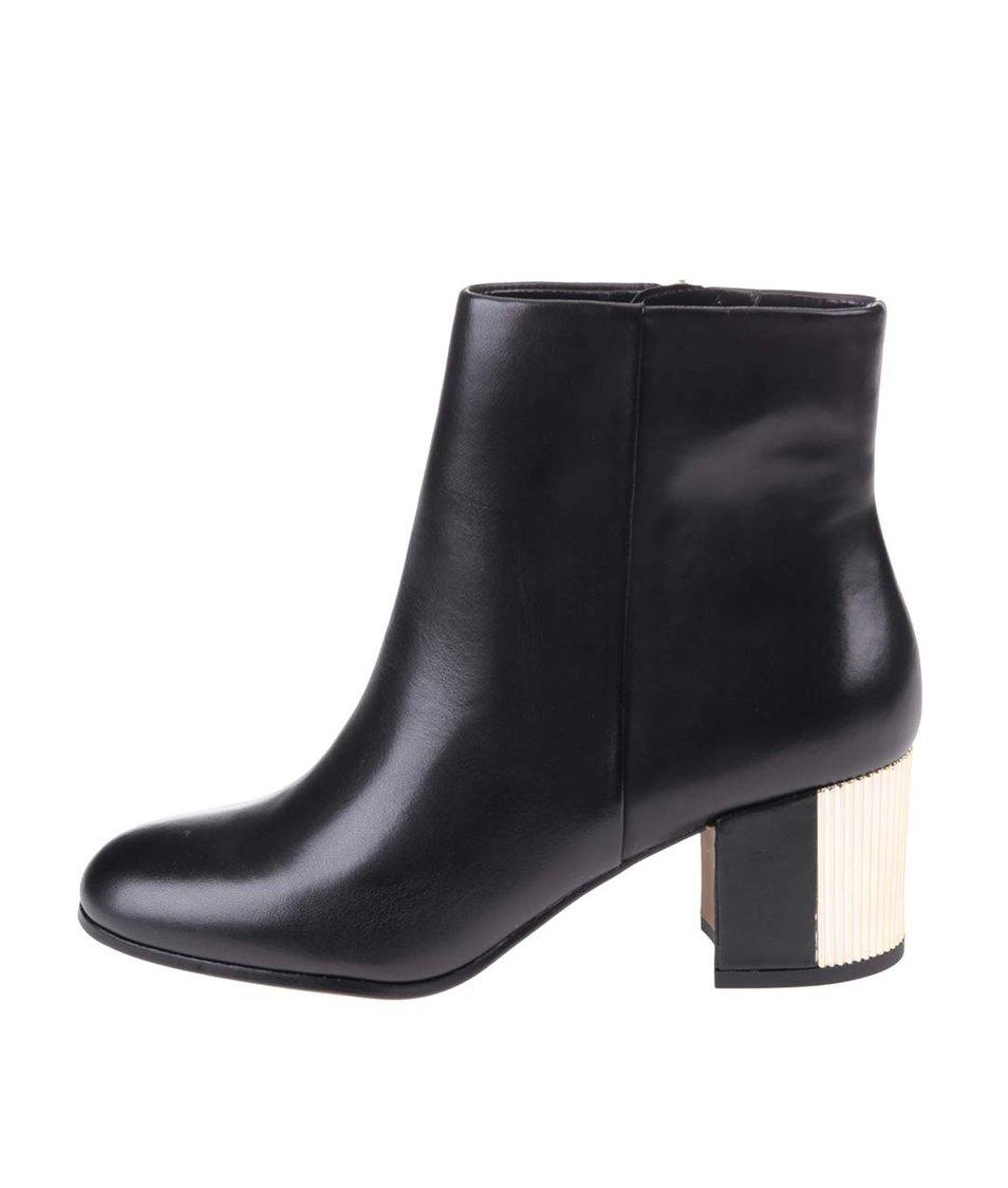 Černé kožené kotníkové boty s kovovým detailem ALDO Umalen
