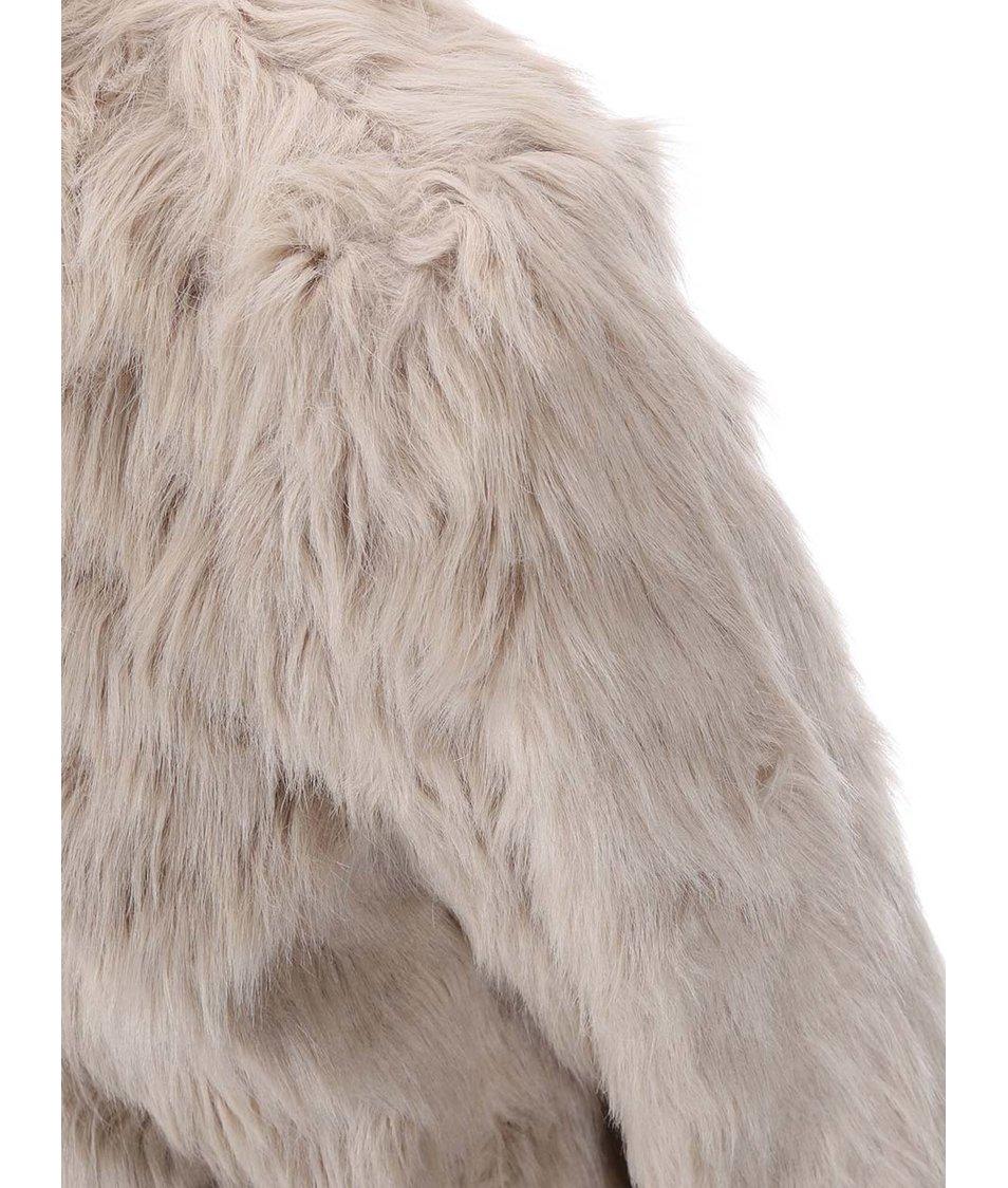 17250e9e856b Béžový kabát z umělé kožešiny Dorothy Perkins - Akční cena ...
