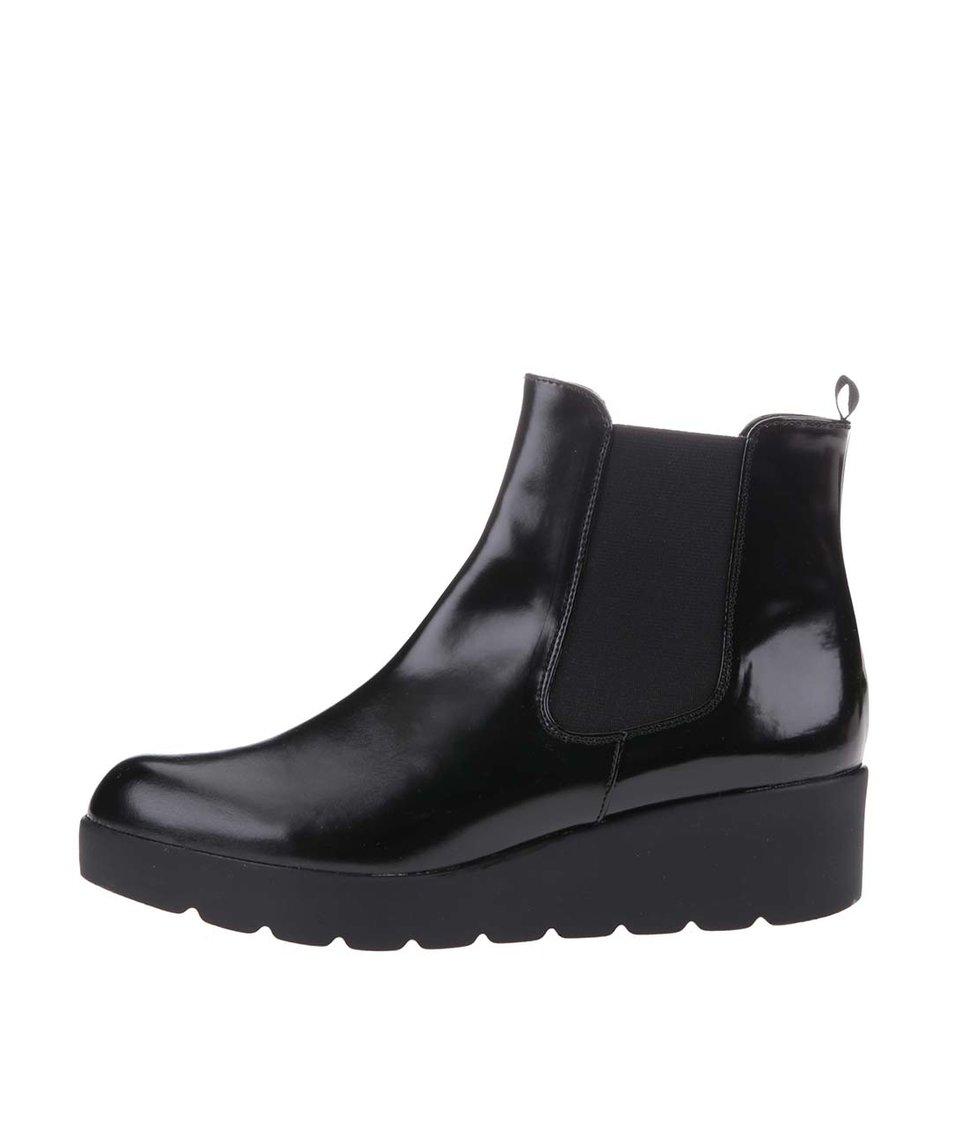 Černé lesklé chelsea boty OJJU