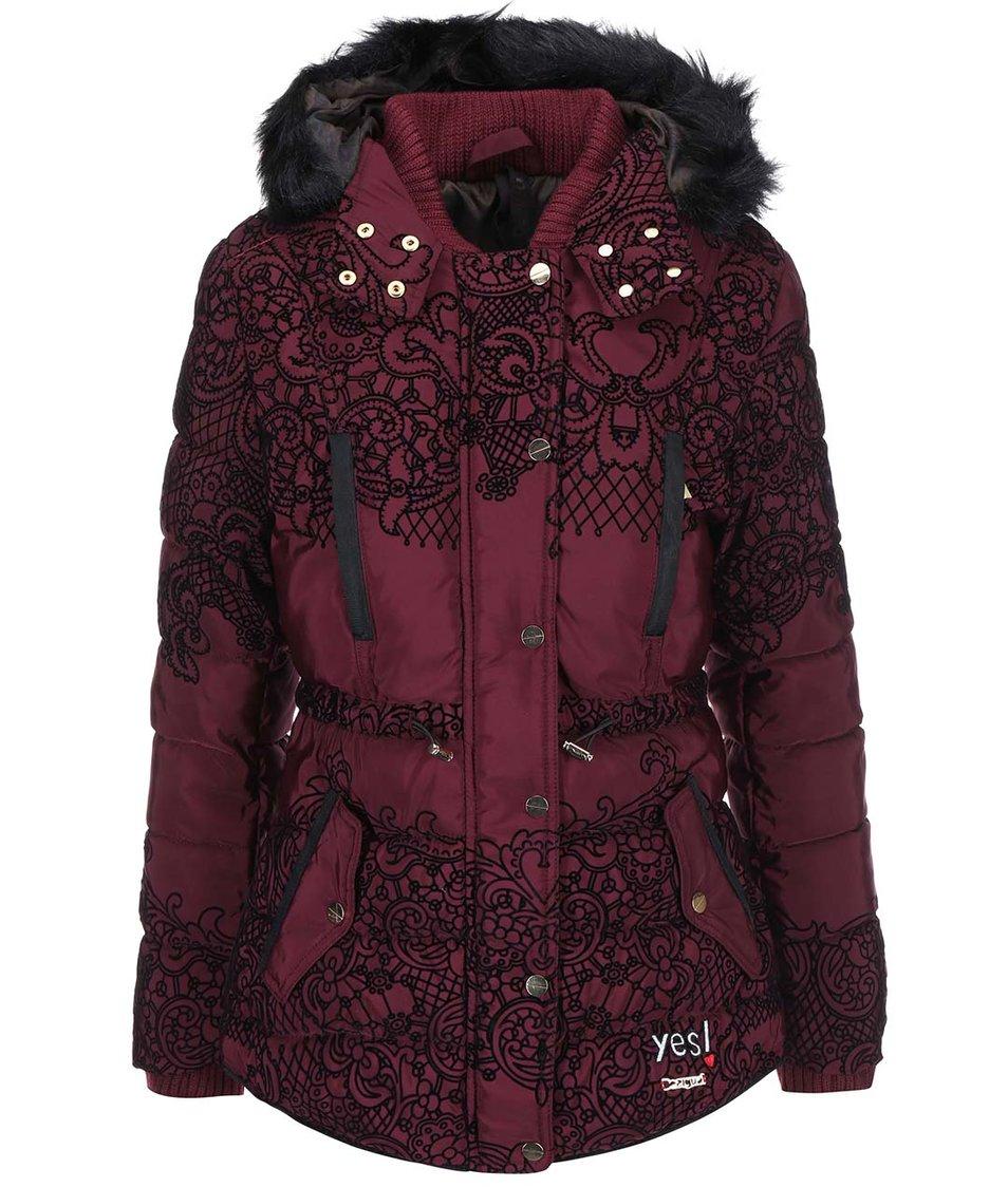 Vínový kabát s kožešinovou kapucí Desigual Oh La La