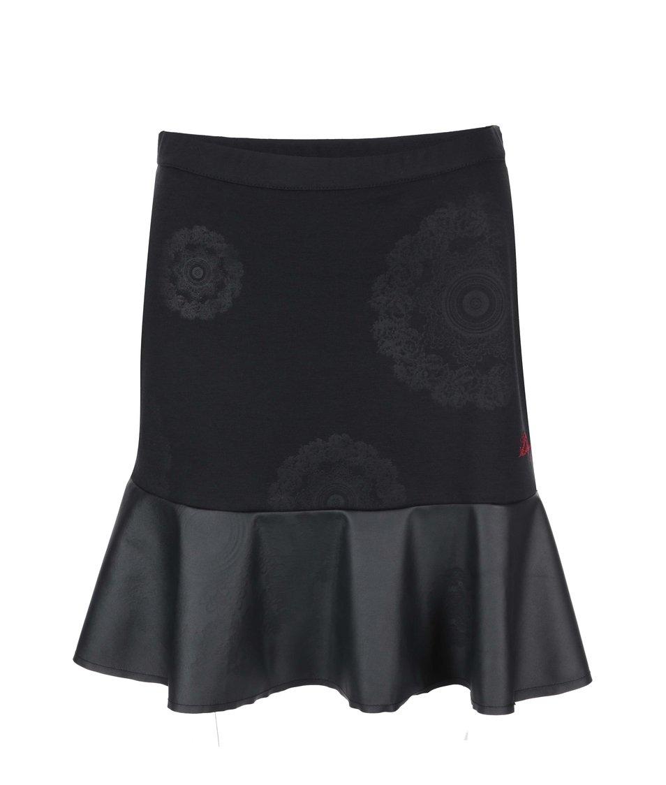 Černá sukně se vzorem Desigual Consuelo