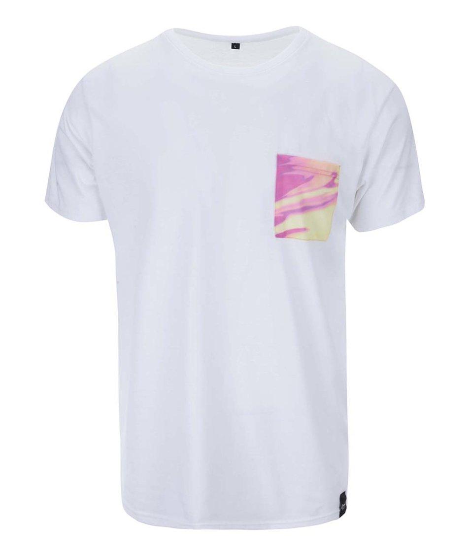 Bílé unisex triko se žlutou kapsou Grape
