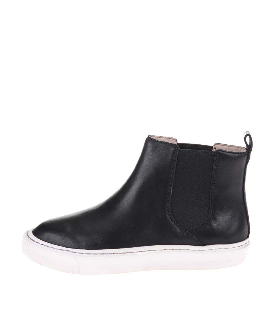 Černé dámské kožené kotníkové boty Clarks Coll Shore