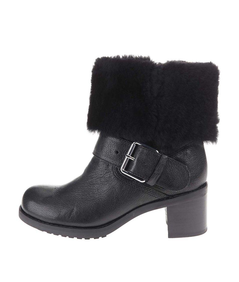 Černé kožené kotníkové boty s kožešinou Clarks Pilico Place
