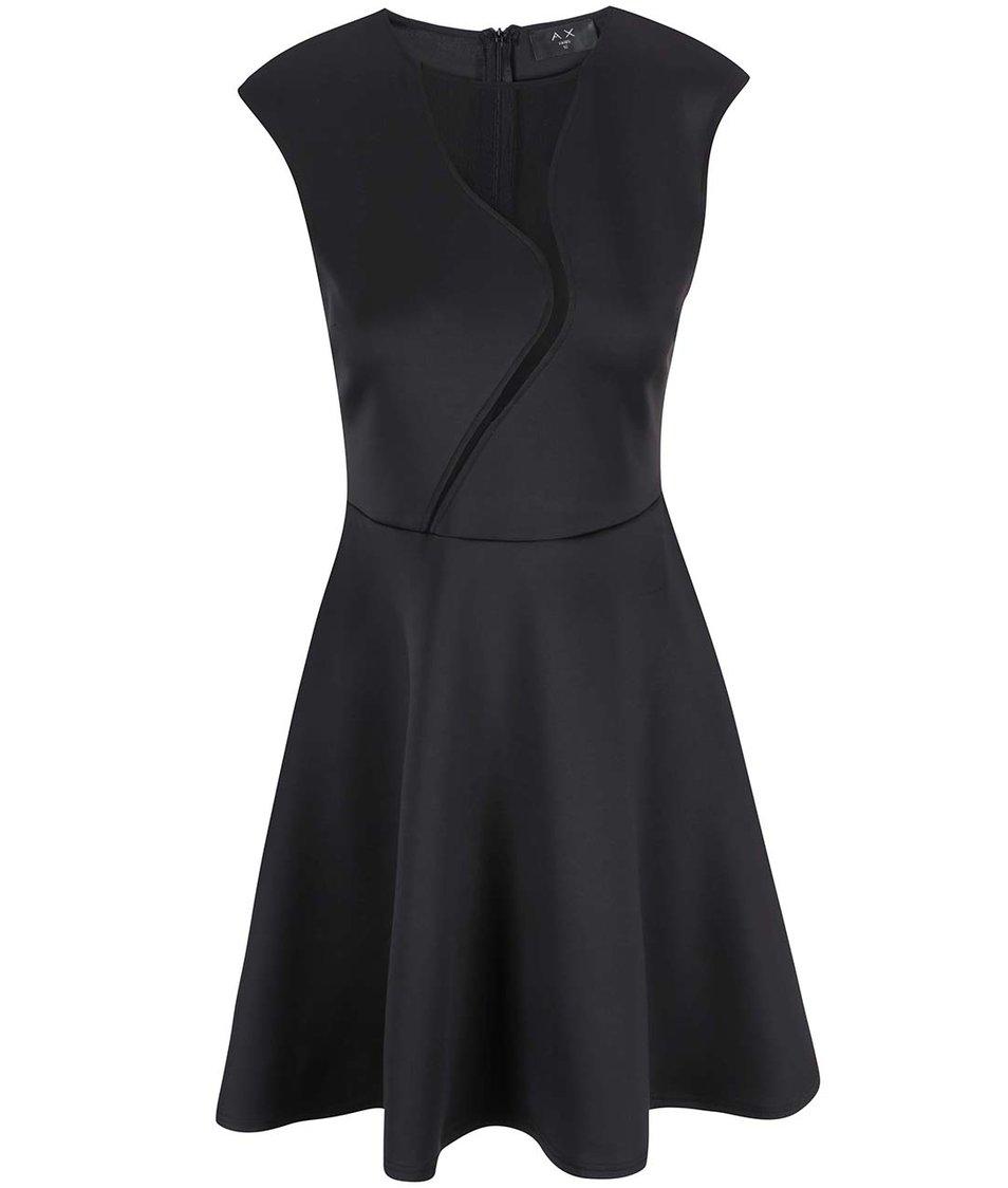 Černé šaty s áčkovou sukní AX Paris
