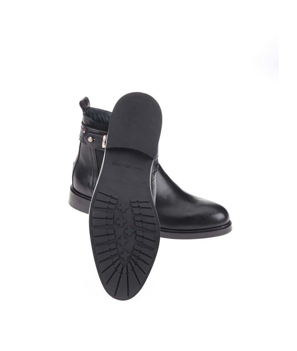 Černé dámské kožené kotníkové boty Tommy Hilfiger Holly