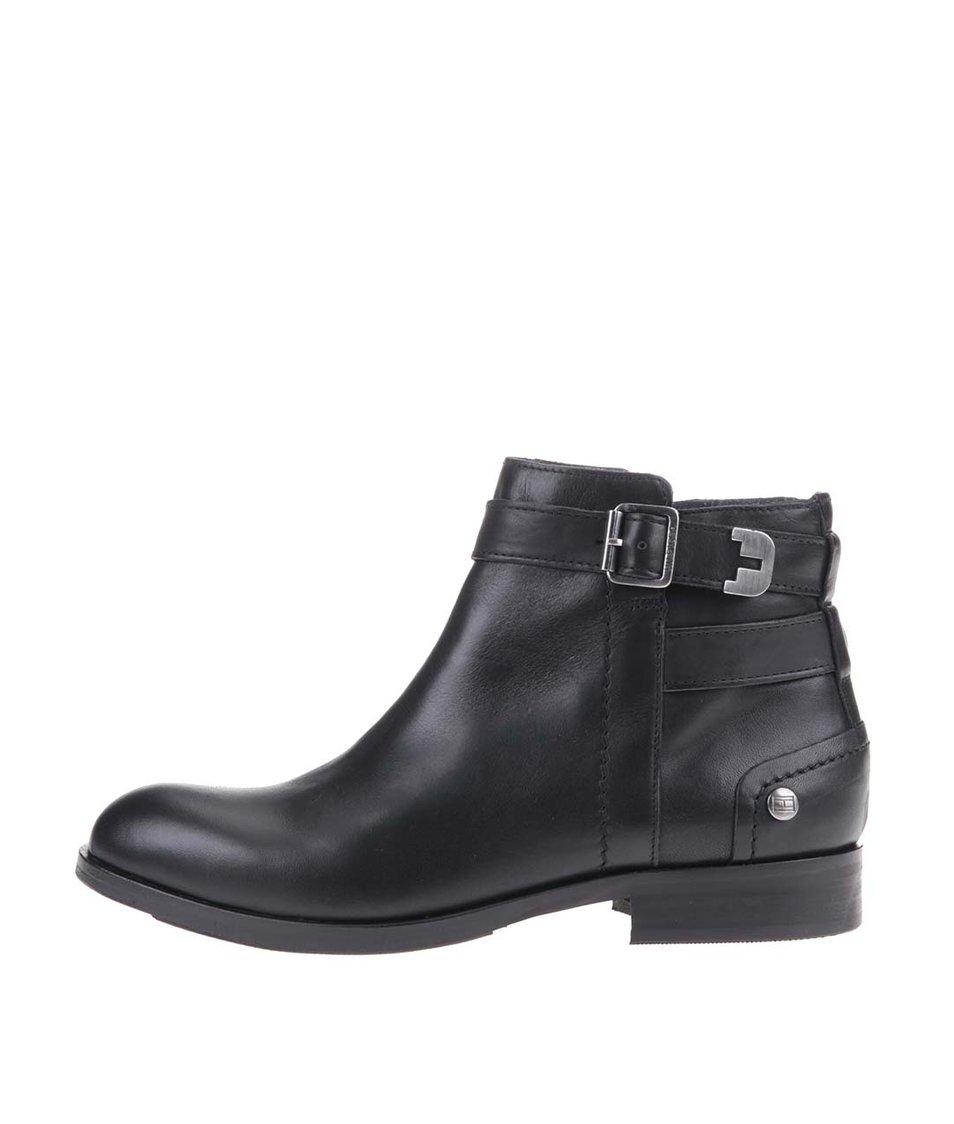 Černé dámské kožené kotníkové boty Tommy Hilfiger Piper