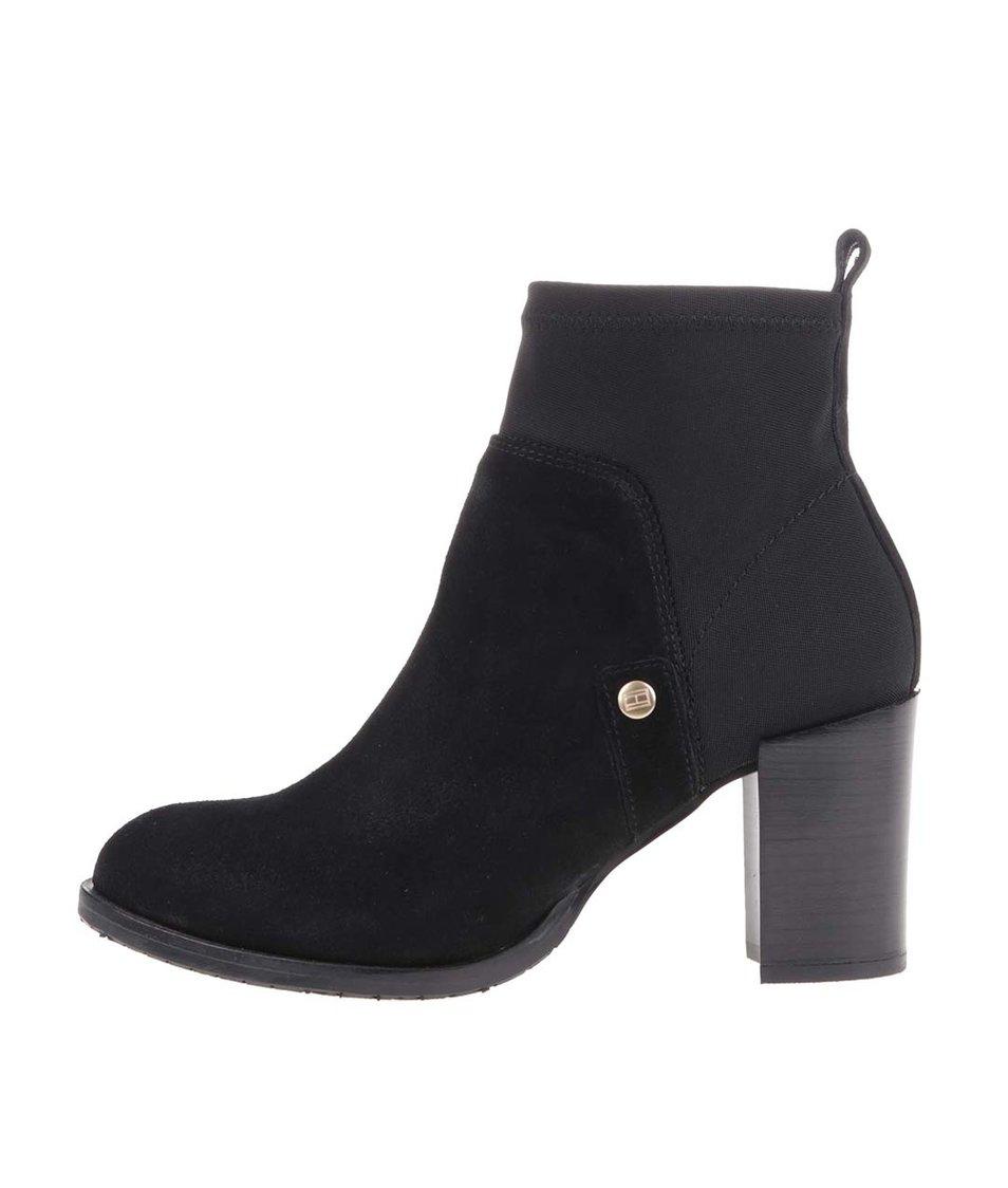 Černé kožené kotníkové boty na podpatku Tommy Hilfiger Penelope