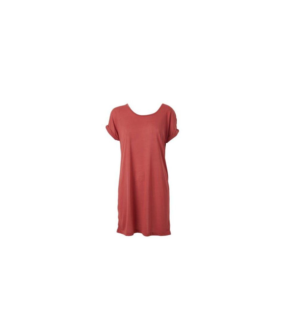 Červené šaty s otevřenými zády Vero Moda Superb