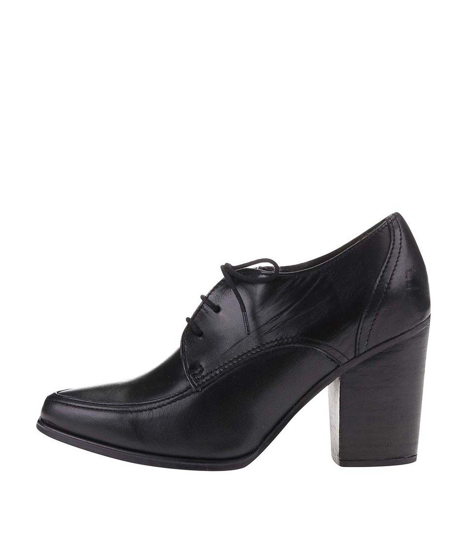 Černé kožené šněrovací boty na podpatku Bullboxer