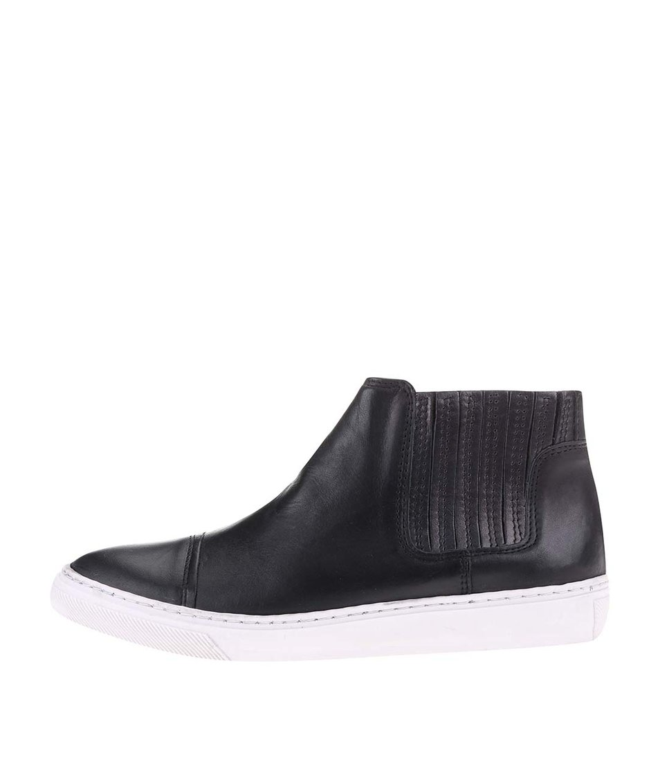 Černé dámské kožené kotníkové boty Bullboxer
