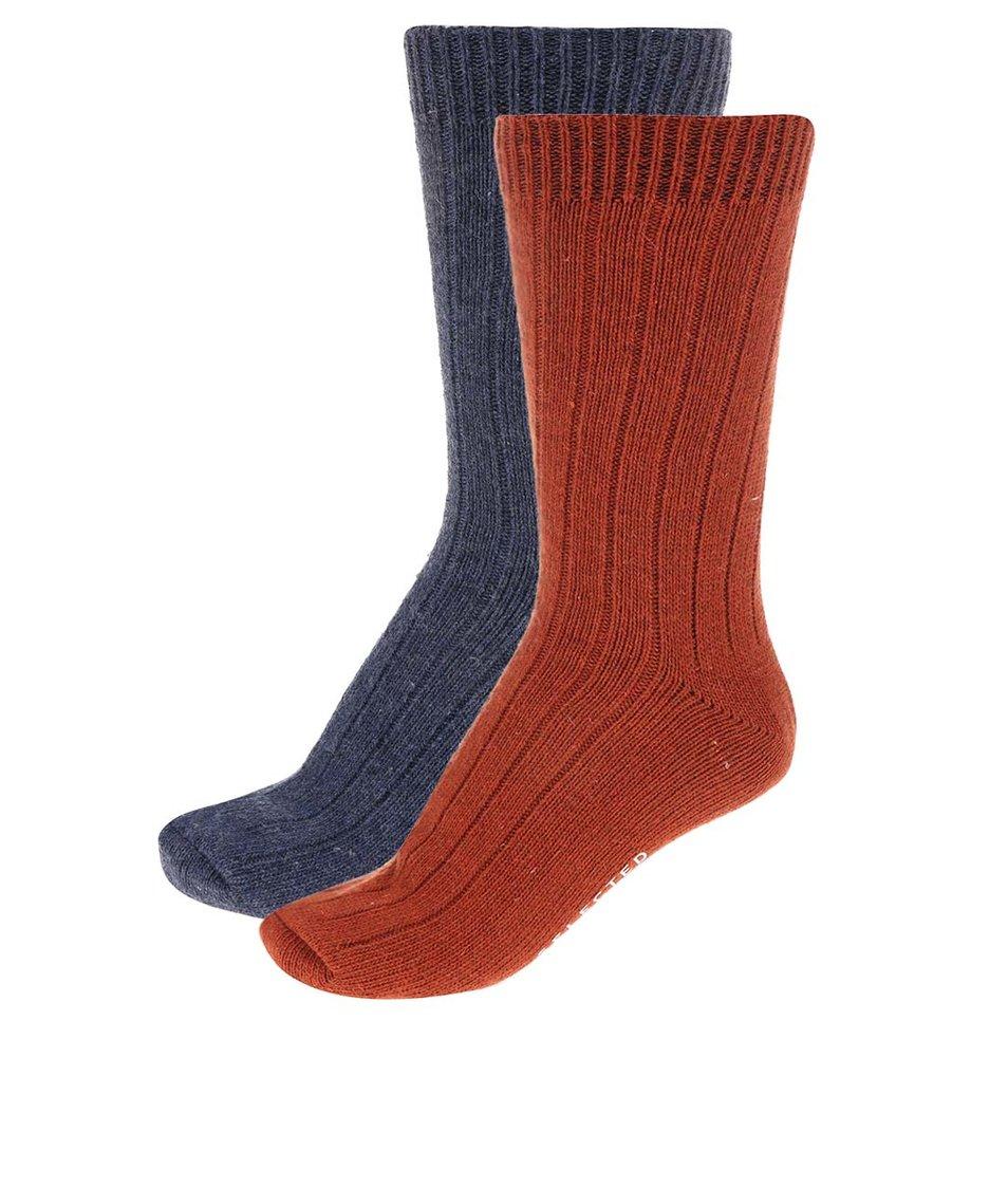 Balení dvou párů oranžových a modrých ponožek Selected North