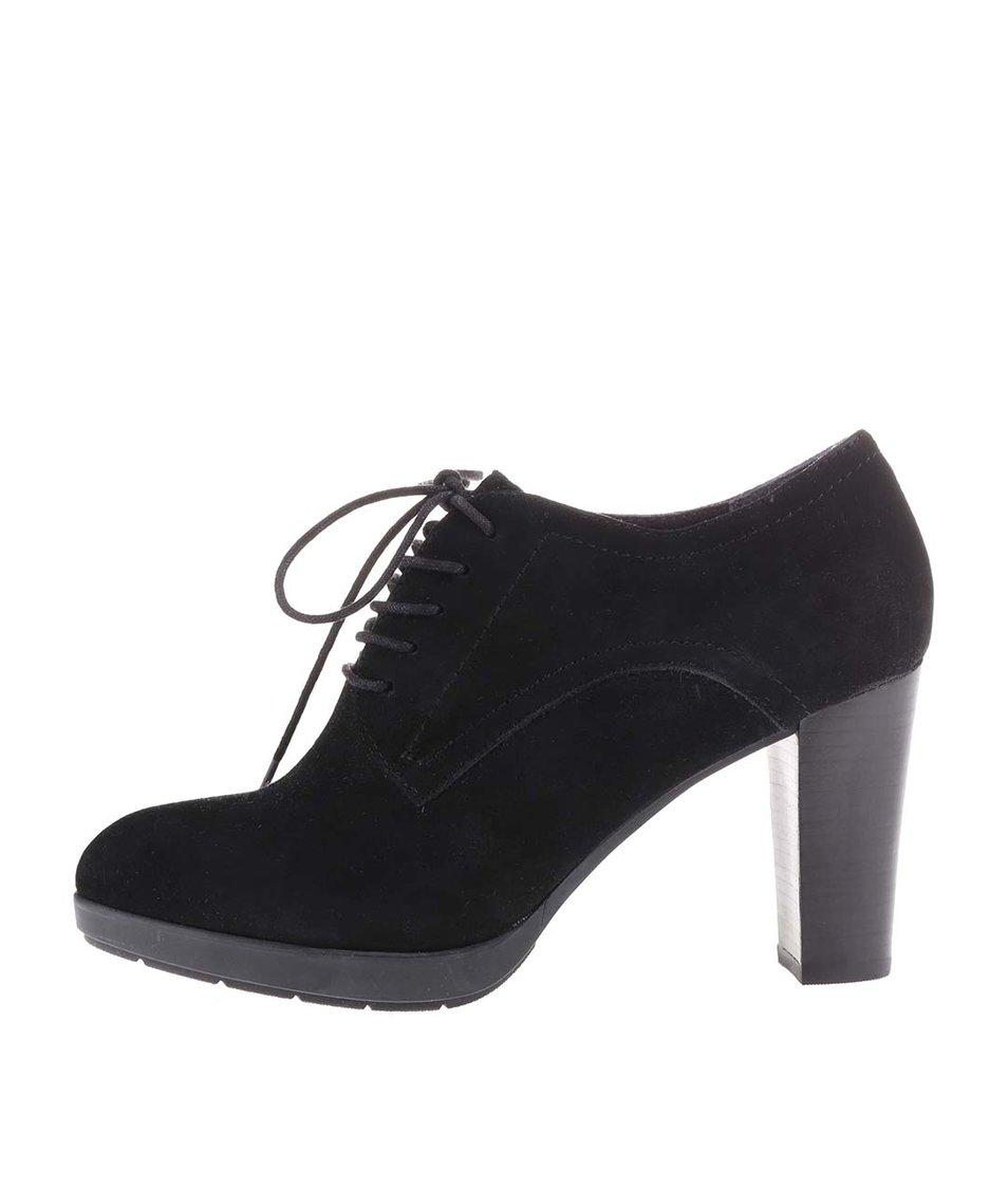 Černé dámské kožené šněrovací boty na podpatku s.Oliver