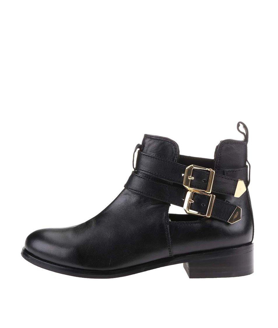 Černé dámské kožené boty s pásky s.Oliver