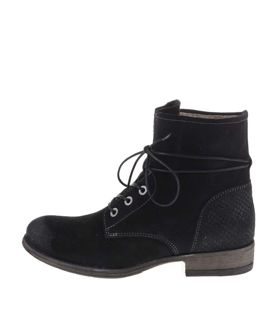 Černé kožené šněrovací boty Tamaris