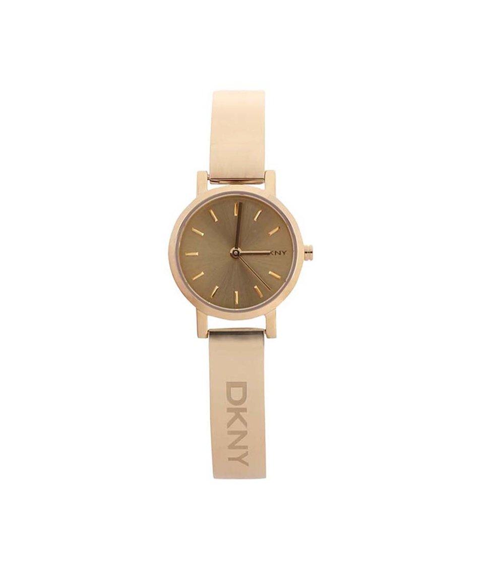 Dámské hodinky ve zlaté barvě DKNY Soho