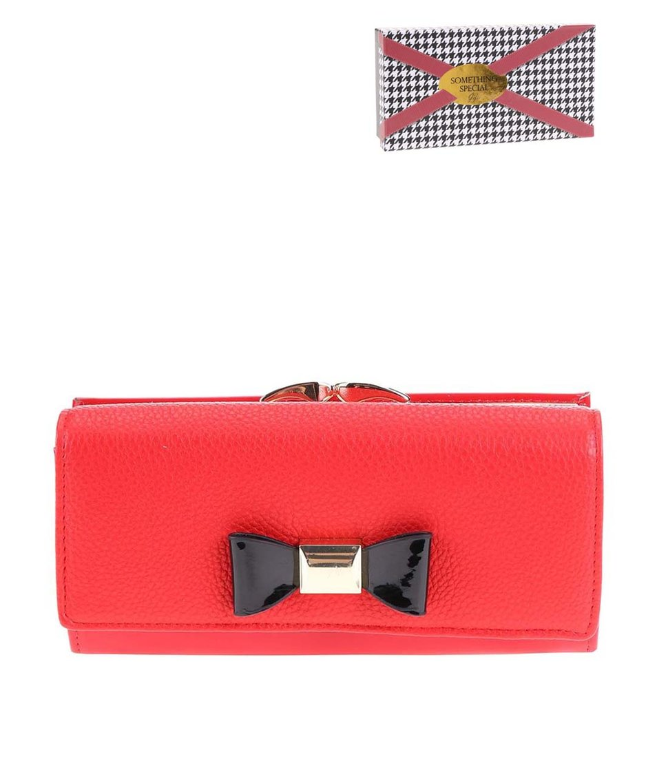 Červená peněženka s černou mašlí Something Special by Moon