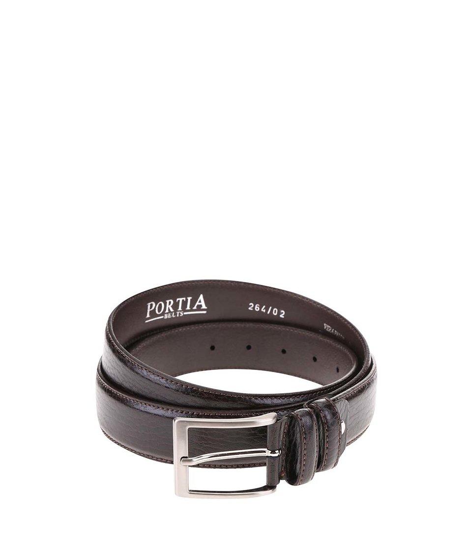 Tmavě hnědý kožený pásek s přezkou ve stříbrné barvě Portia