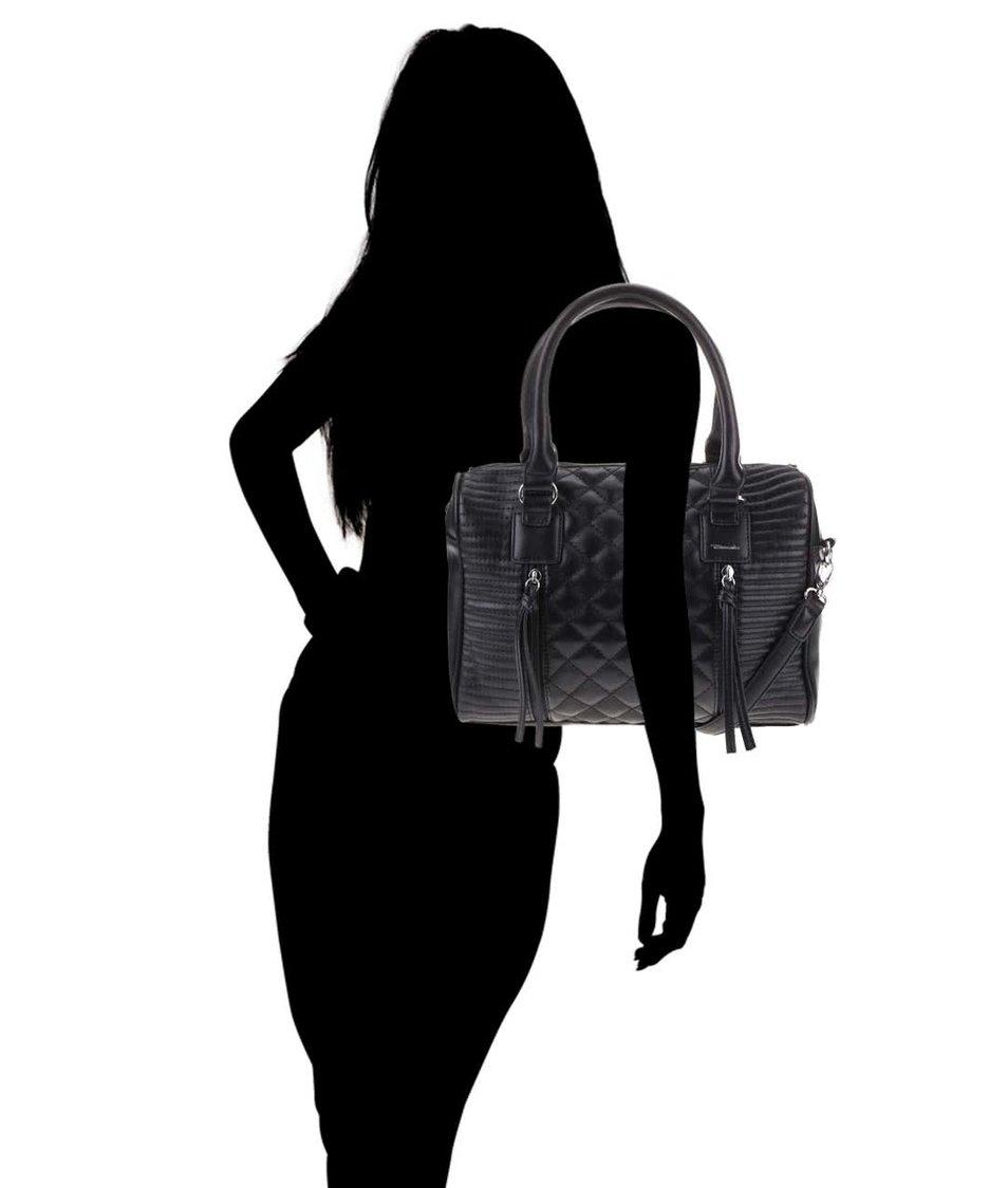 Černá prošívaná kabelka Tamaris Sophie