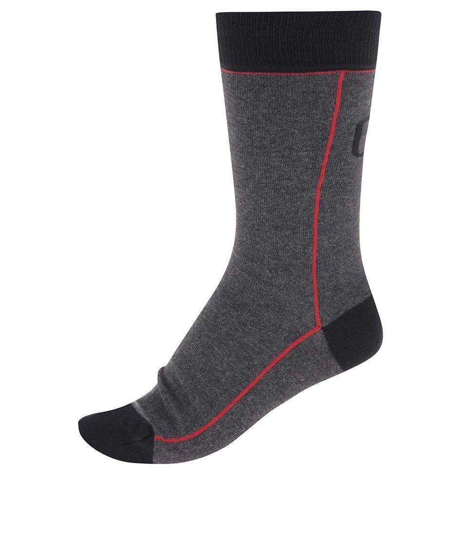 Tmavě šedé ponožky s červeným pruhem CR7