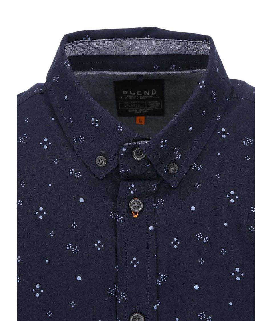 Tmavě modrá košile se vzorem Blend