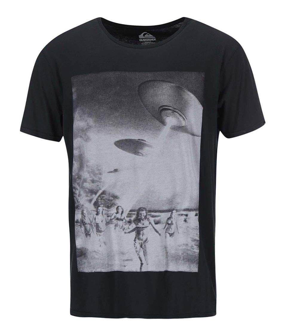 Černé triko s potiskem Quiksilver Beach Attack