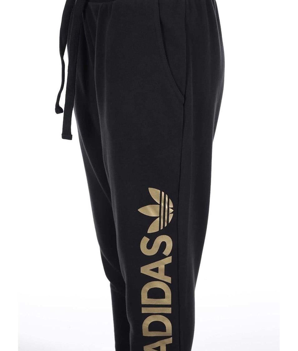 Černé dámské tepláky s logem adidas Originals Essentials