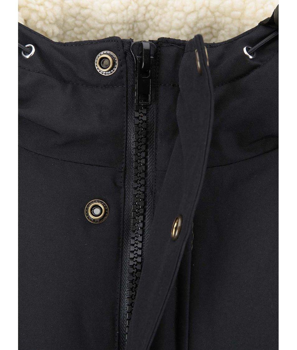 Černá zimní bunda s kapucí Fat Moose Trotter