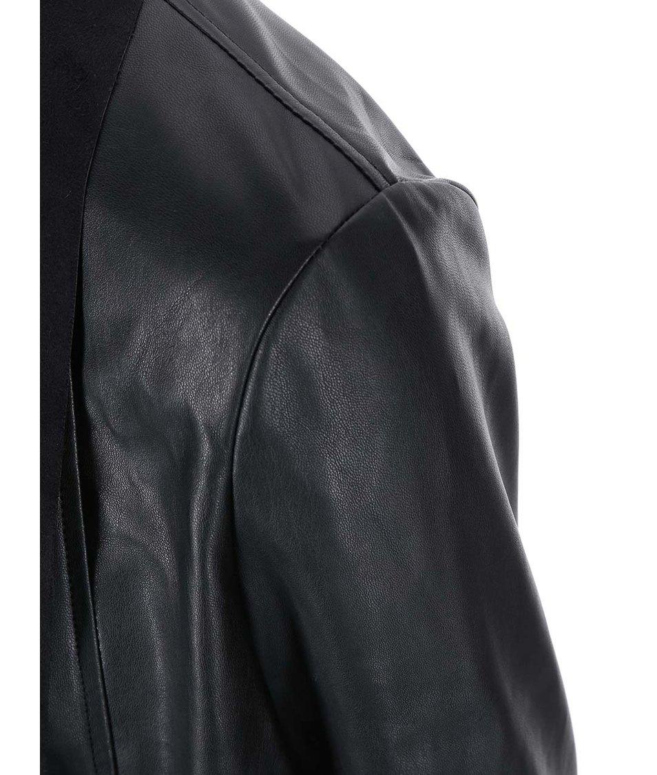 Černý koženkový blejzr New Look