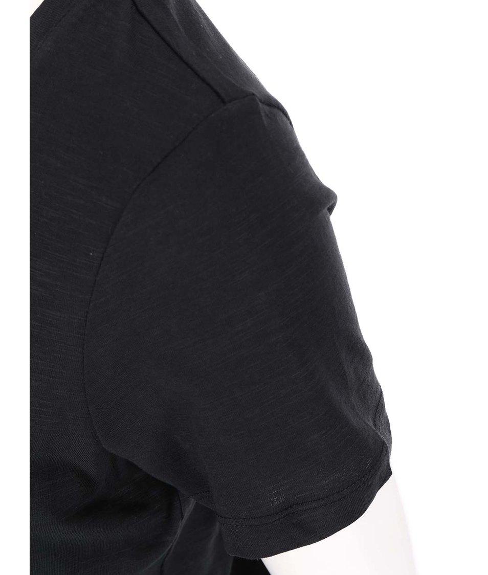 Černé tričko s krátkým rukávem a krajkou Vero Moda Hope