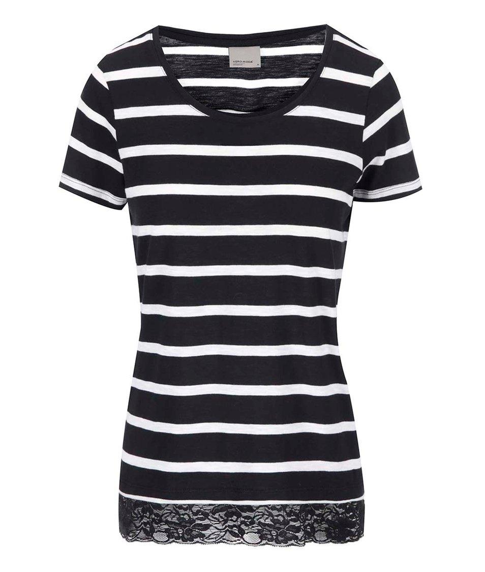 Bílo-černé pruhované tričko s krajkovaným lemem Vero Moda Hope