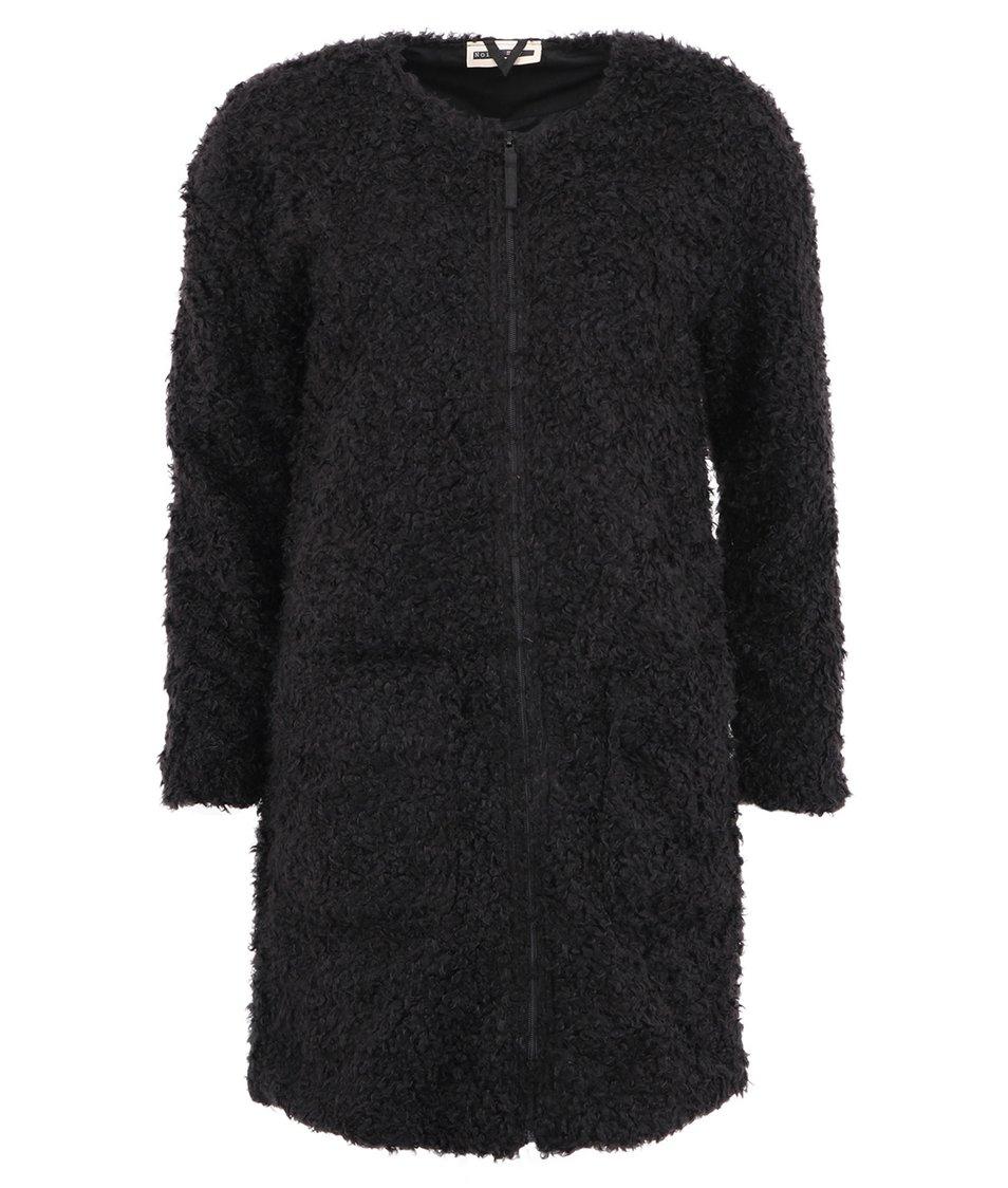 Černý kožešinový kabát Noisy May Joy