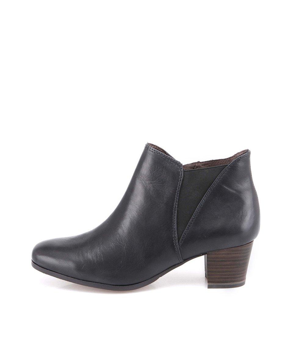 Černé kotníčkové boty na podpatku Tamaris