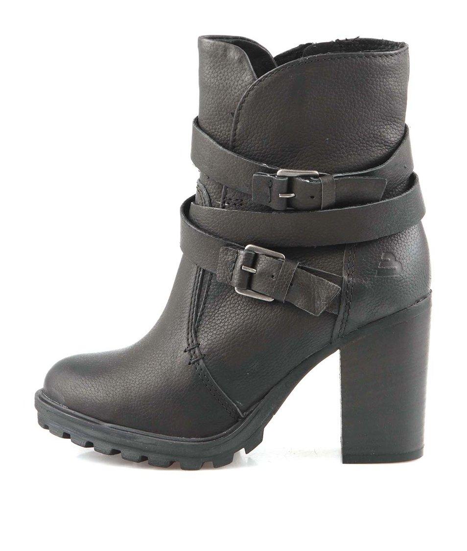 Černé kožené kotníčkové boty s přezkami Bullboxer