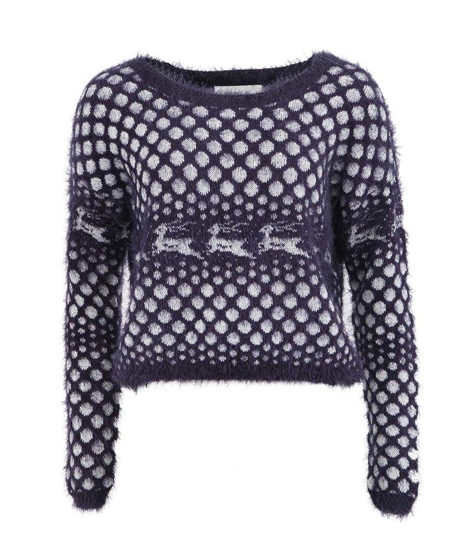 Tmavě modrý kratší svetr s jeleny Vero Moda