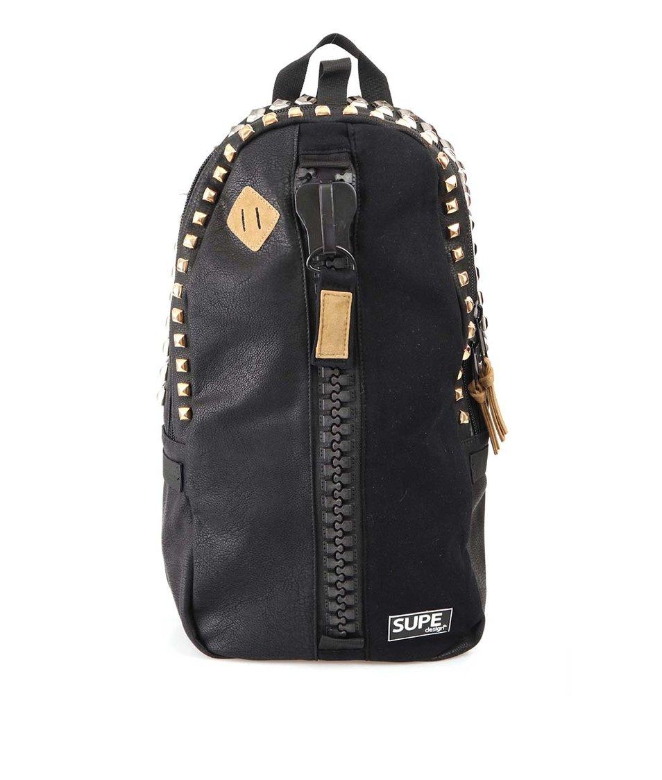 Černý batoh SUPE design s cvočky